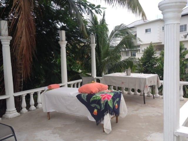Jamaica villa on site massage