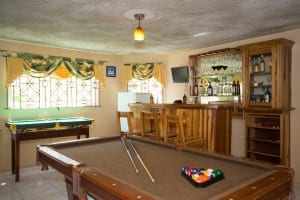 Jamaica villa private bar and recreation room