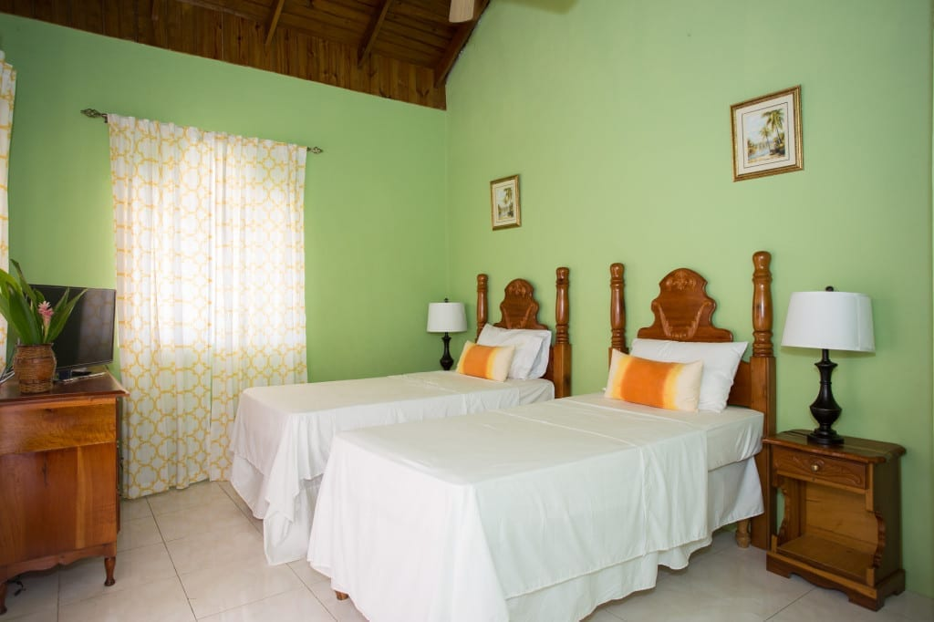 Jamaica villa twin bedroom