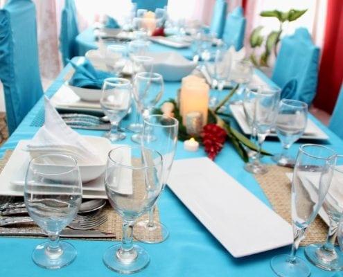 Jamaica villa family dining