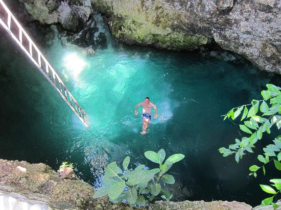 5 Most beautiful caves in Jamaica 2