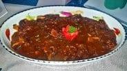 Jamaica villa chef prepares meals