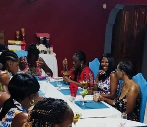 Jamaica Villas Guest dining
