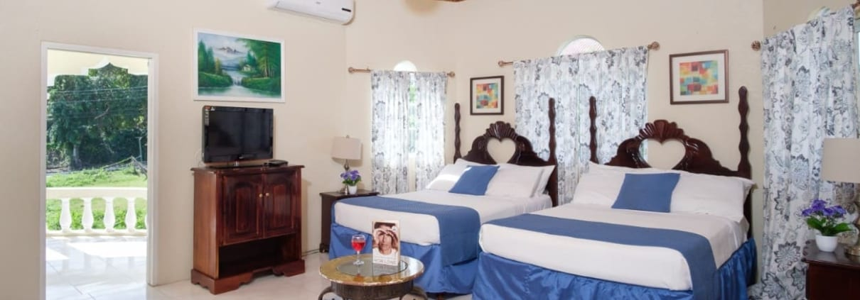 Jamaica villa Family Suite