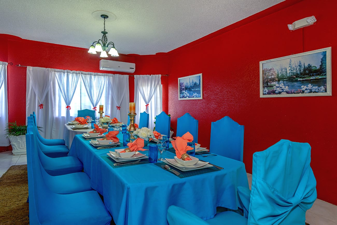 Jamaica villa meals and dining options