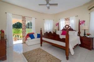 Jamaica villa king size bedroom