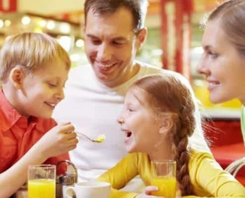 Jamaica villas family dining